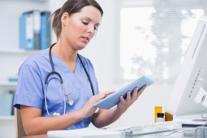 Conheça 3 benefícios da agenda médica online para seu consultório