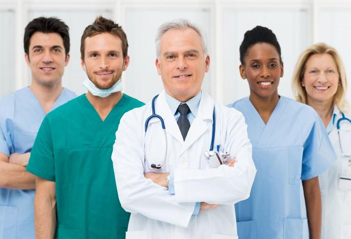 Como lidar com a gestão de pessoal em sua clínica