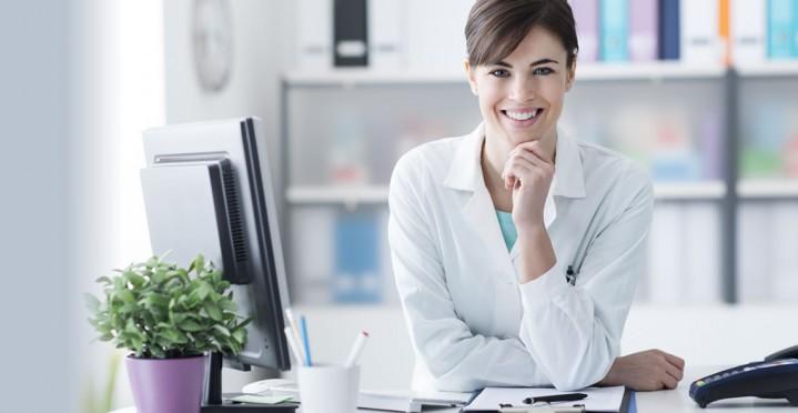 4 dicas essenciais para uma boa apresentação de secretárias médicas