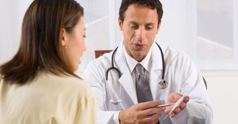 Como médicos podem quebrar o tabu feminino em consultas ginecológicas