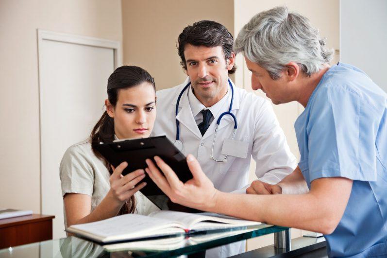 Como apresentar um sistema para o médico da sua clínica ou consultório