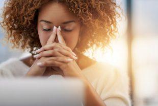 4 dicas para reduzir o estresse e aumentar o bem-estar de secretárias médicas