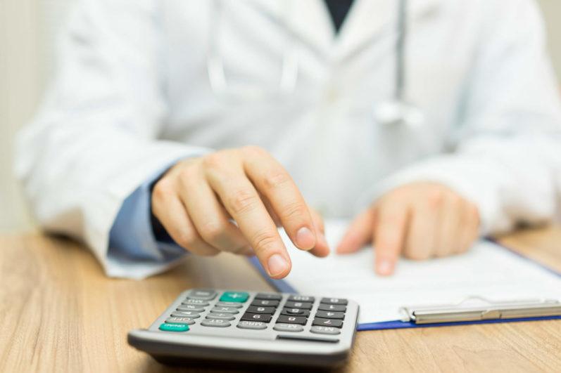 Como administrar corretamente o capital de giro de clínica médica?